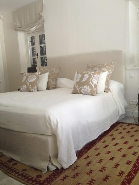 Tête de lit, tapis, literie bultex, tringles sur mesure à Saint ...: www.sandra-mentzer.com/photos